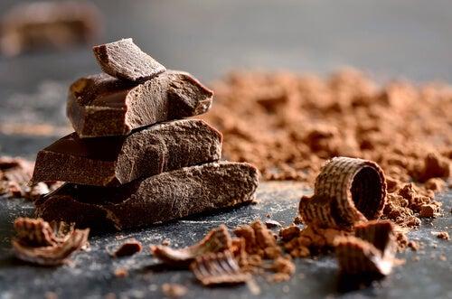 Trozos de chocolate negro