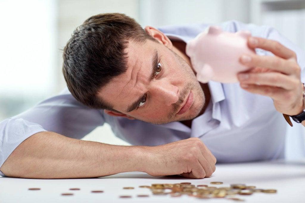Los estragos de la dependencia económica