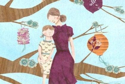 Madre en árbol con hija, madre gallina