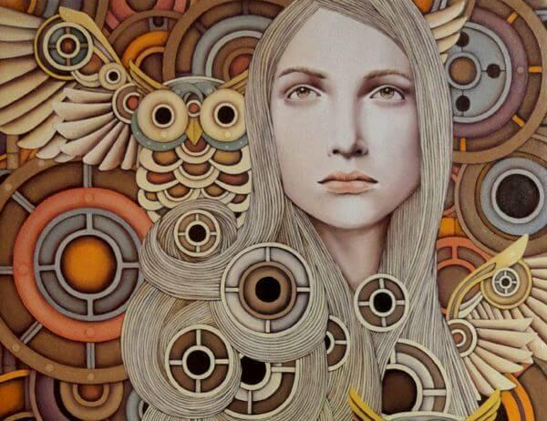mujer con buho representando creencias sabias