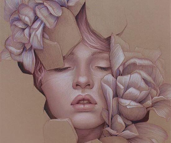 Cara de una mujer con flores alrededor saliendo de una caja
