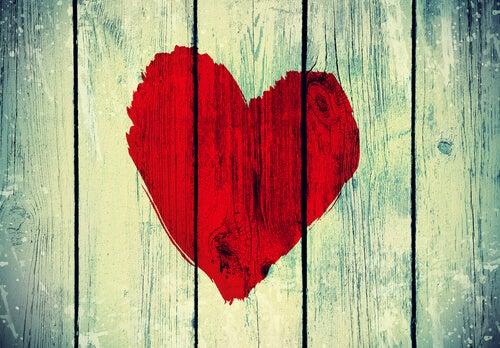 El amor derriba muros