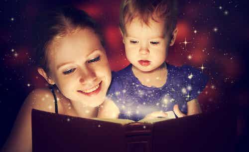 Beneficios de contarles cuentos a los niños