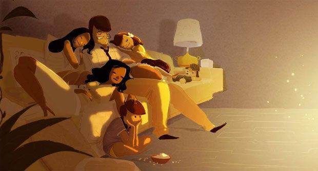Padres dormidos con sus hijos en el sofá