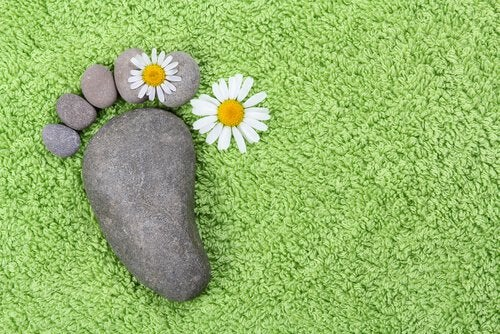 Tropezar no es malo, encariñarse con la piedra sí