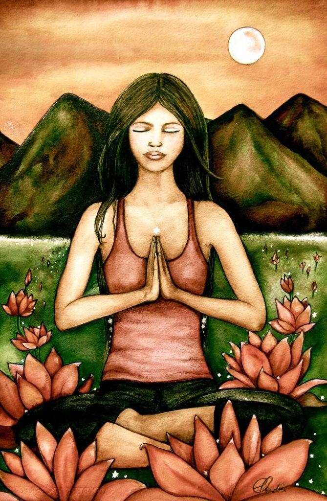 Mujer sentada meditando