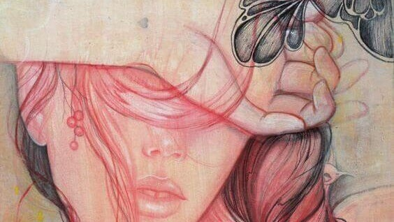 ilustración mujer en color rosa