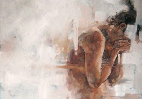 mujer con cara cubierta sufriendo por la depresión