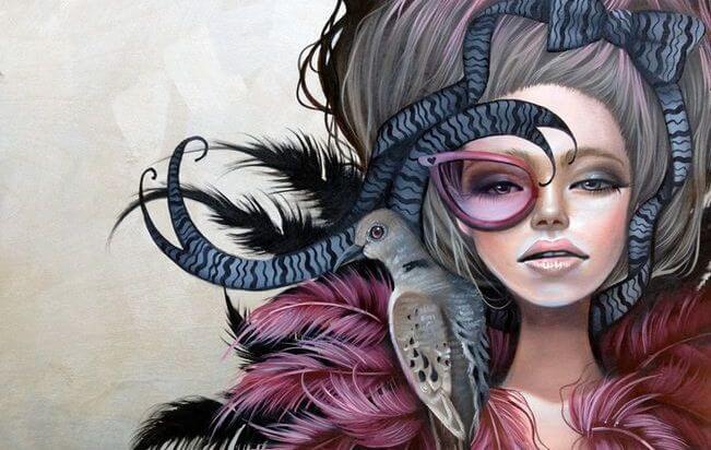 mujer estrambótica representando el ser la oveja negra