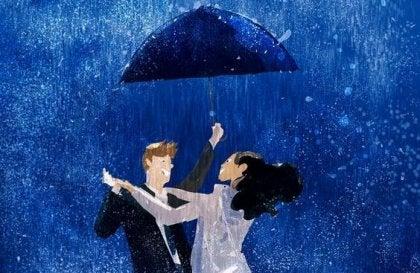 pareja bailando disfrutando de lo que alegra sus corazones