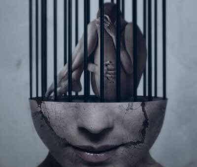La mente es lo que hace a las personas libres o esclavas
