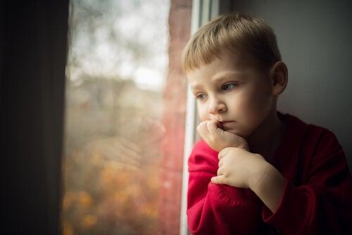 3 daños que causa la obsesión por el control paterno