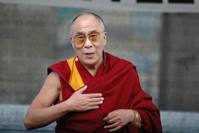 5 ladrones de nuestra energía según el Dalai Lama