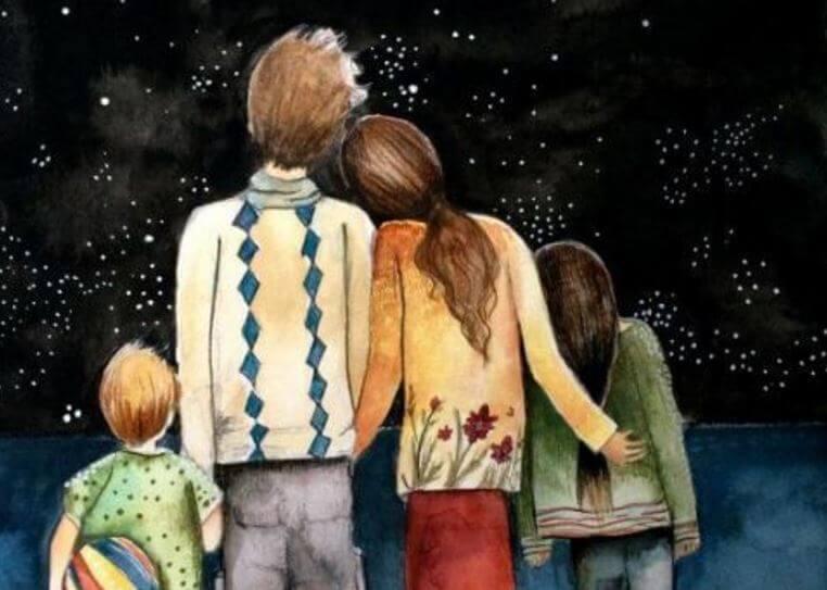 Familia mirando el cielo estrellado