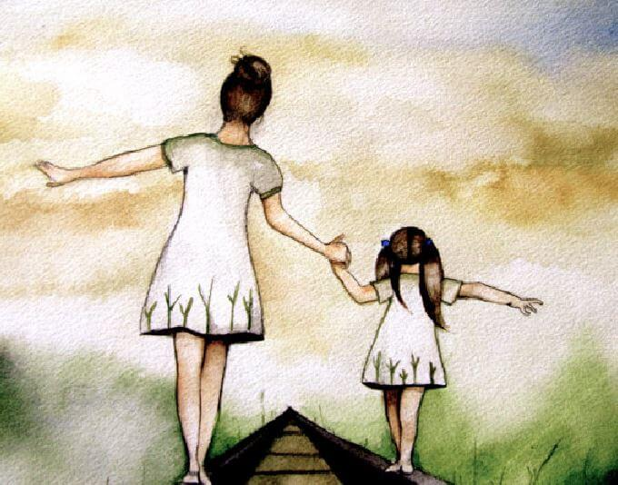 Madre e hija de la mano