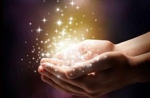 mano con magia