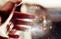 Adoro que me acaricien el alma, la piel la toca cualquiera