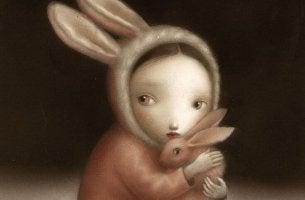 niña con disfraz de conejo
