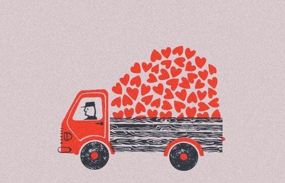 camión cargado de corazónes