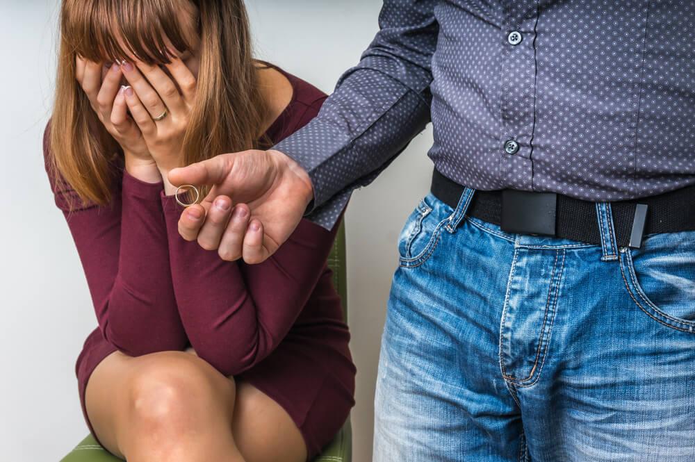 Ruptura de pareja que causa estrés