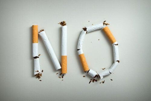 Palabra no con cigarrillos