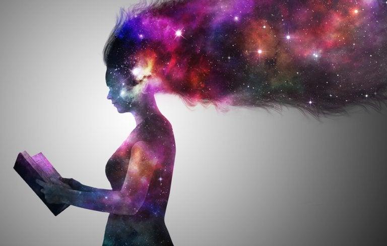 Conocemos la realidad a trocitos, nuestra mente inventa el resto