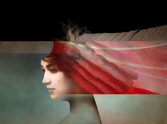 mujer con franja roja