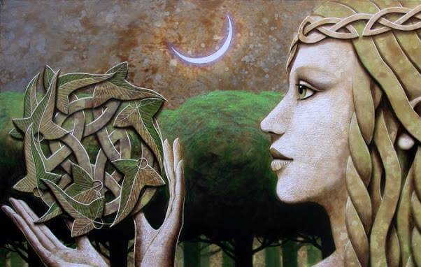 donna con simbolo celta