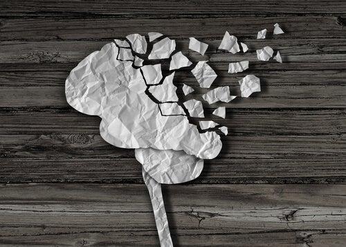 cerebro con daño cerebral