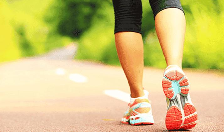 Caminar beneficia a las personas que sufren fibromialgia