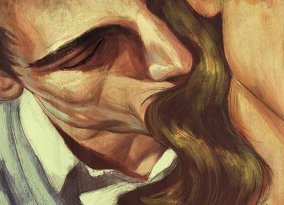 hombre besando mujer
