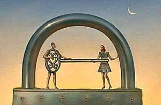 Hombres y mujeres representados en un candado