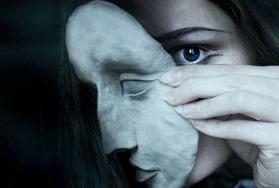 Síndrome de Capgras: confundir a seres queridos con impostores