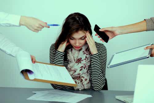 ¿Qué es el mobbing o acoso laboral?