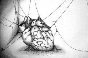 Corazón con telarañas