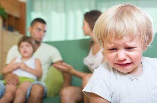 Hijos presenciando pelea de los padres