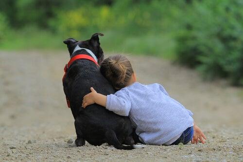 Niña-con-perro