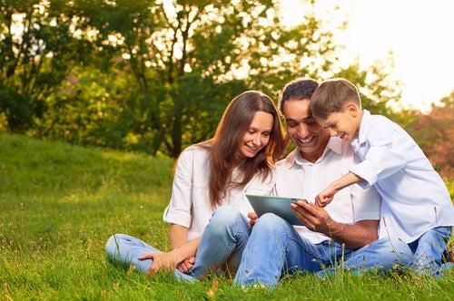 ¿Seguridad o privacidad? qué hacer con nuestros hijos y las nuevas tecnologías