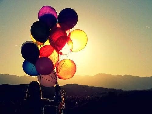 mujer-y-globos