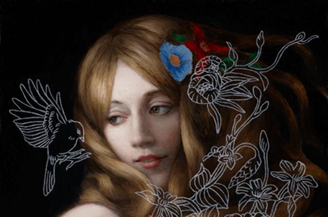 mujer con pájaros pensando en su amor propio