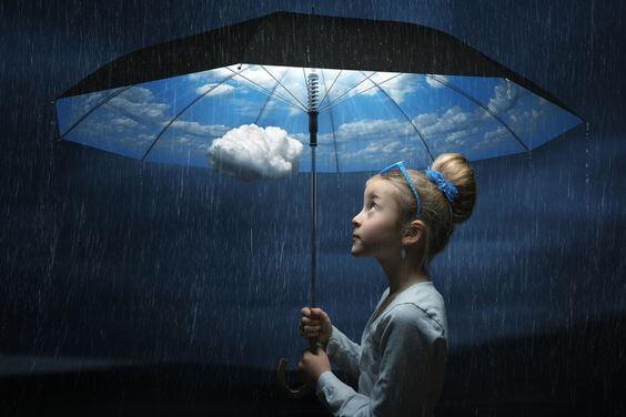 nina-con-paraguas