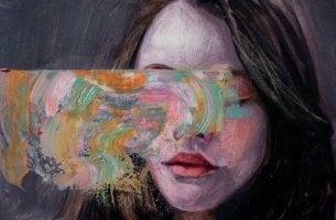 Chica con colores representando mentiras que nos gusta creer