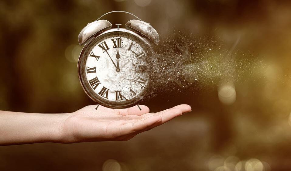 La ansiedad que nos produce el paso del tiempo