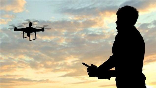 Drones, brujas y otros objetos voladores para entender el terrorismo