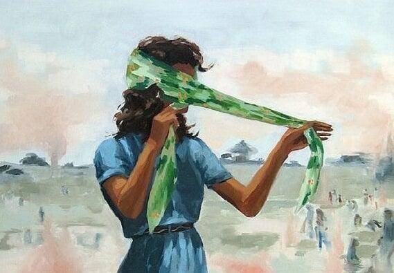 Bienvenidos al nuevo foro de apoyo a Noe #343 / 26.02.17 ~ 08.03.17 - Página 2 Mujer-con-pa%C3%B1uelo-que-ya-no-es-la-de-siempre