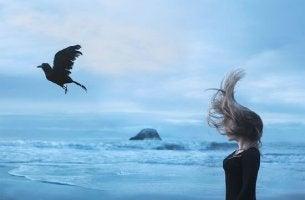 mujer cuervo