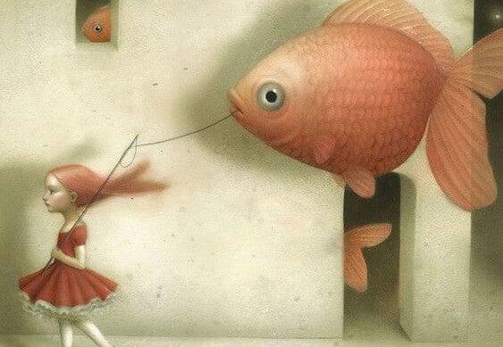 nina-con-pez-pensando-en-lo-que-viene