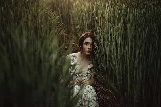 La dependencia emocional existe más allá de la pareja