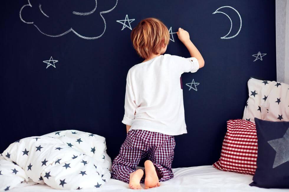 ¿Qué puedo hacer si a mi hijo le cuesta dormir?