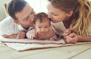 Padres con bebé